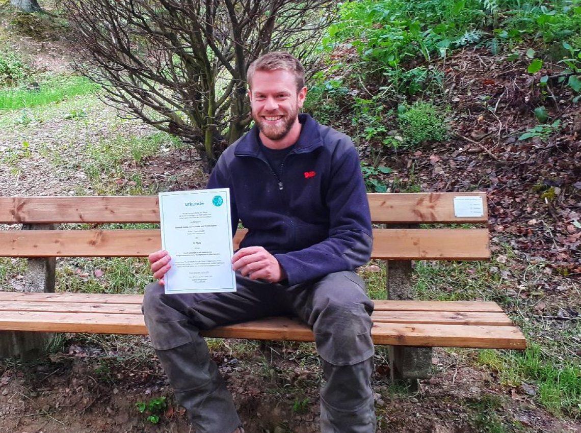 Stellvertretend erhielt Tobias Kleine den Preis für den 3. Platz